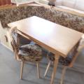 Eckbank + Tisch u. 2 Stühle