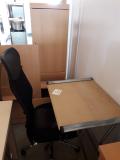 1 Schreibtische + Bürostuhl